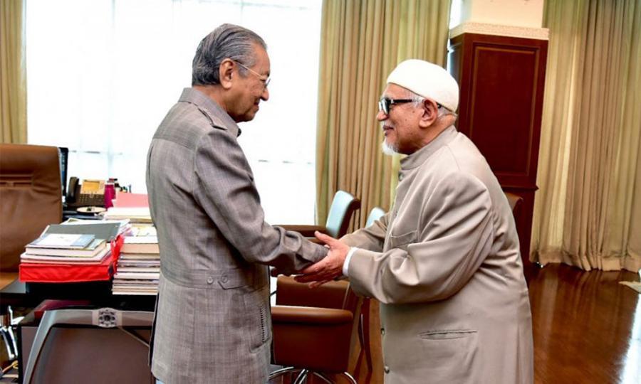 Malaysiakini - Hadi: PAS-Umno pertahan Dr M jadi PM sampai habis ...