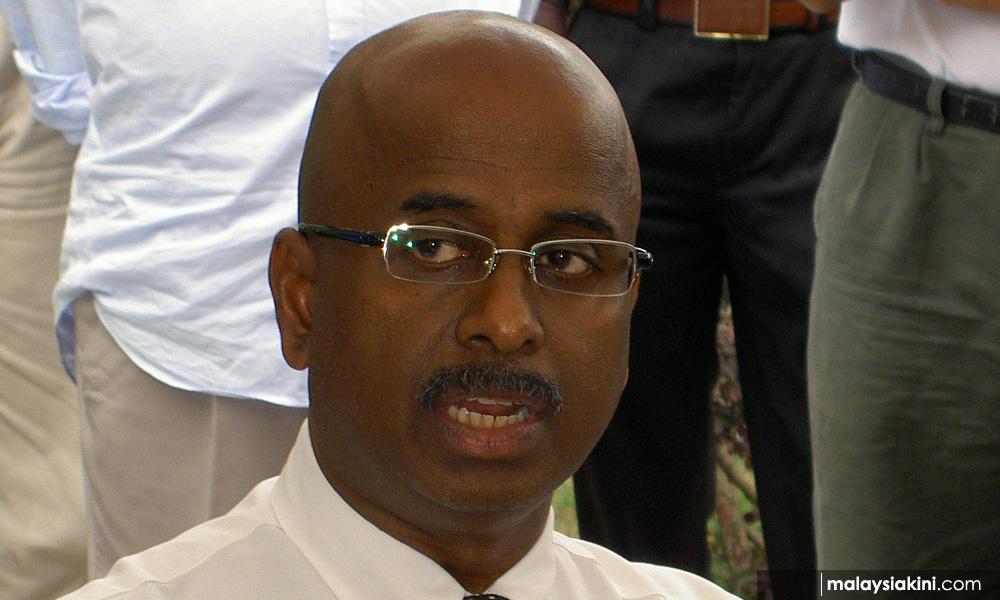 b8abbca3d4ec83b9478f431342622633 Judge's 'judicial kamikaze' – lawyer urges DPM, Anwar to push for RCI