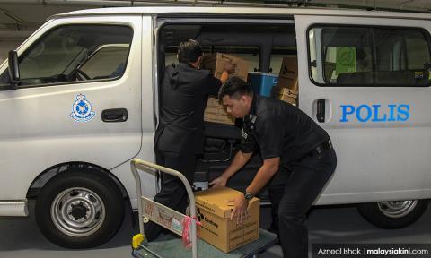 Police raid Deloitte over 1MDB