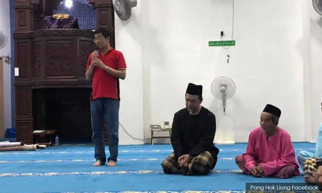 Sheikh Omar Slams Those Calling Non-Muslims In Mosques 'dogs