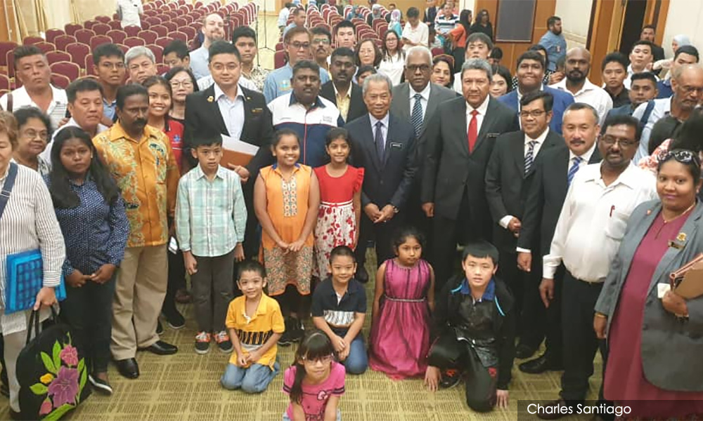 Stateless People Have Heart-to-heart With Muhyiddin