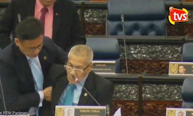 Ahli Parlimen Nibong Tebal Mansor Othman Tumbang