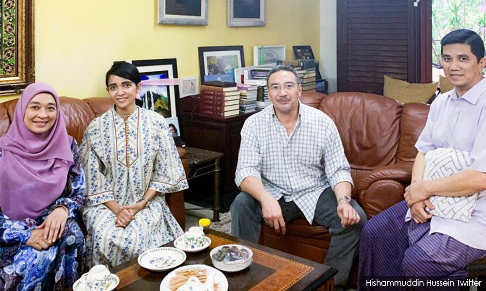 tumpang sekole...?: Sapa Dalang Di Belakang Hishamuddin Tun ...